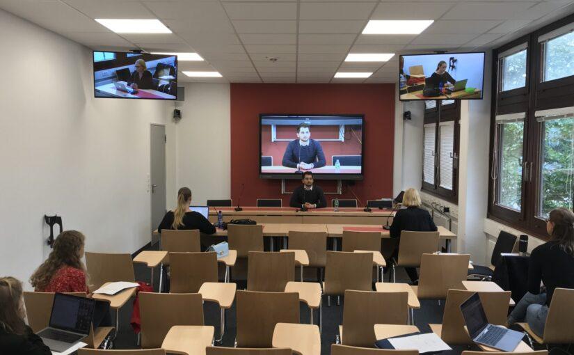 Vorbereitungskurs im Gerichtslabor der Universität Bremen unter Corona-Bedingungen Sommer 2020 (c) Tobias Pinkel
